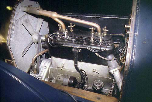 Rekonstrukcja silnika wykorzystanego w dwupłatowcu zbudowanego na bazie 24 HP